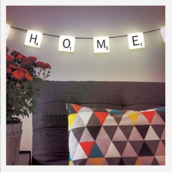 Lampe Scrabble personnalisable