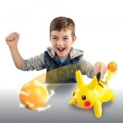 POKEMON Pikachu de Combat